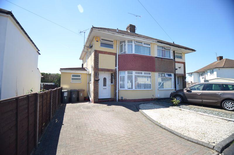 3 bedroom Semi-Detached  to buy in Elmore Road, Luton