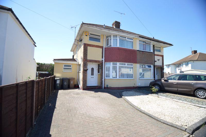3 bedroom Semi-Detached  to buy in Elmore Road, Luton - Photo 19