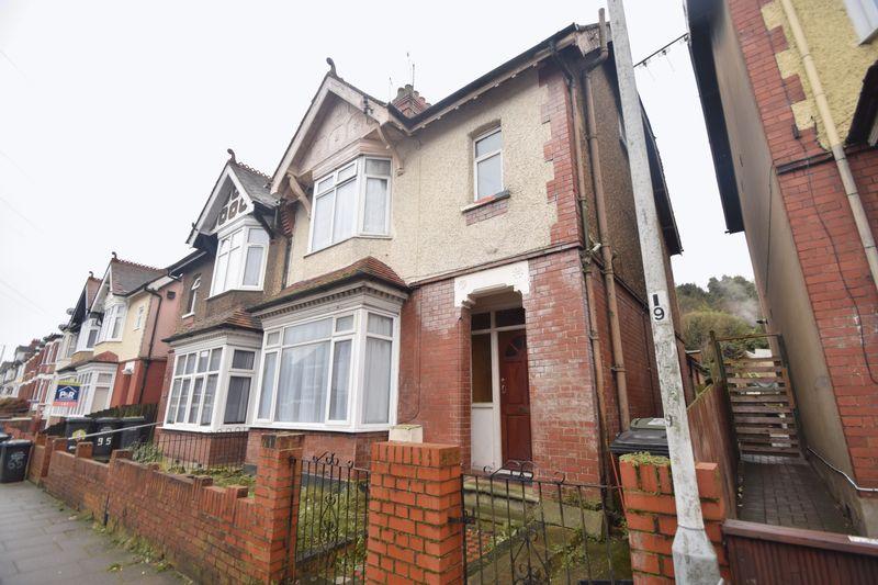 4 bedroom Semi-Detached  to buy in Ashburnham Road, Luton