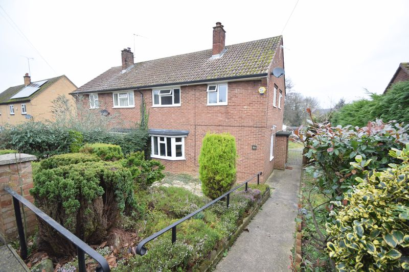 3 bedroom  to buy in Rueley Dell Road, Luton