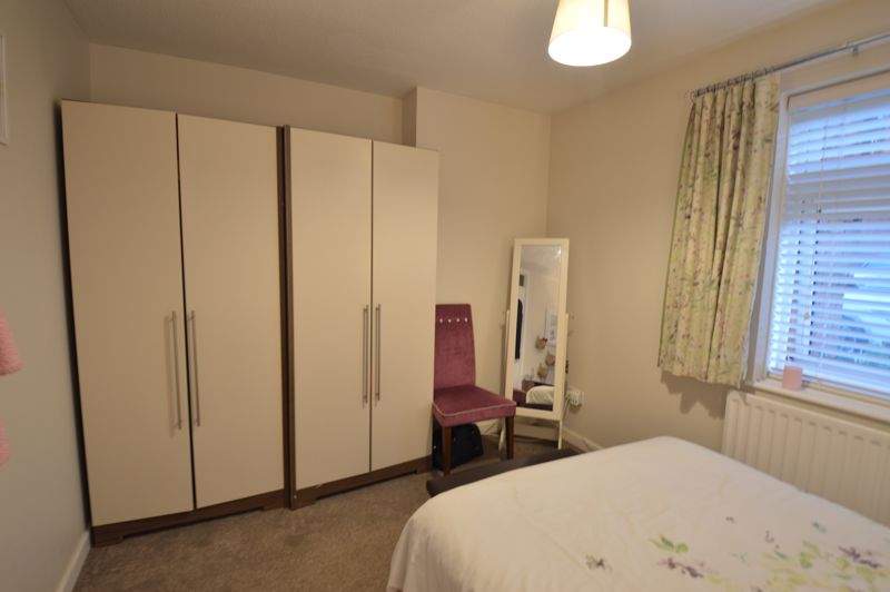 2 bedroom  to buy in Wolston Close, Luton - Photo 7