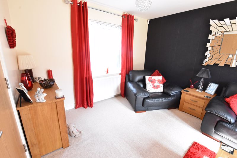 2 bedroom  to buy in Someries Hill, Luton - Photo 15