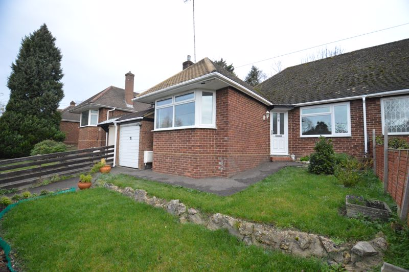 3 bedroom Semi-Detached  to buy in Falconers Road, Luton