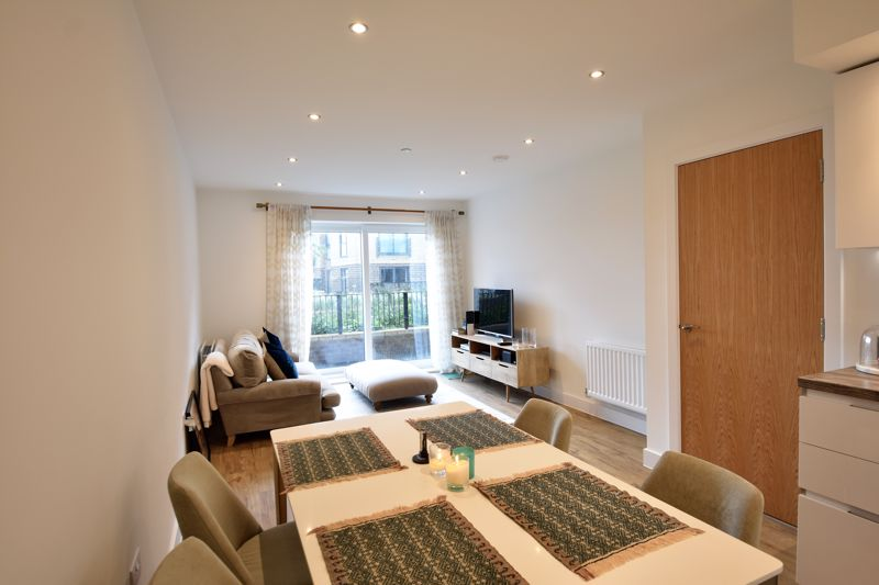 1 bedroom Flat to buy in Wilson Court, Luton - Photo 8
