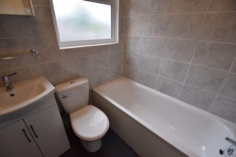 2 bedroom Mid Terrace to rent in Arthur Street, Luton - Photo 6