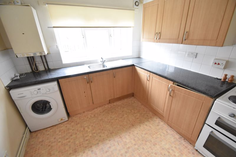 2 bedroom Flat to buy in 54 Moreton Road North, Luton - Photo 1