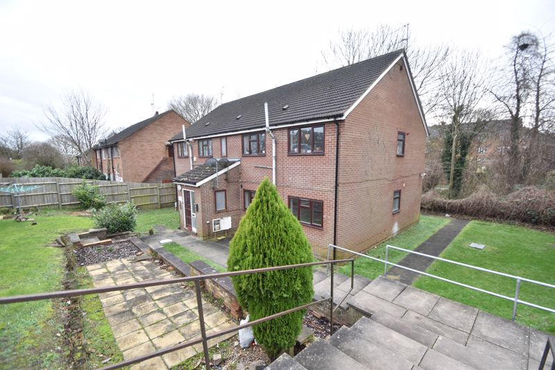 2 bedroom Flat to buy in 54 Moreton Road North, Luton