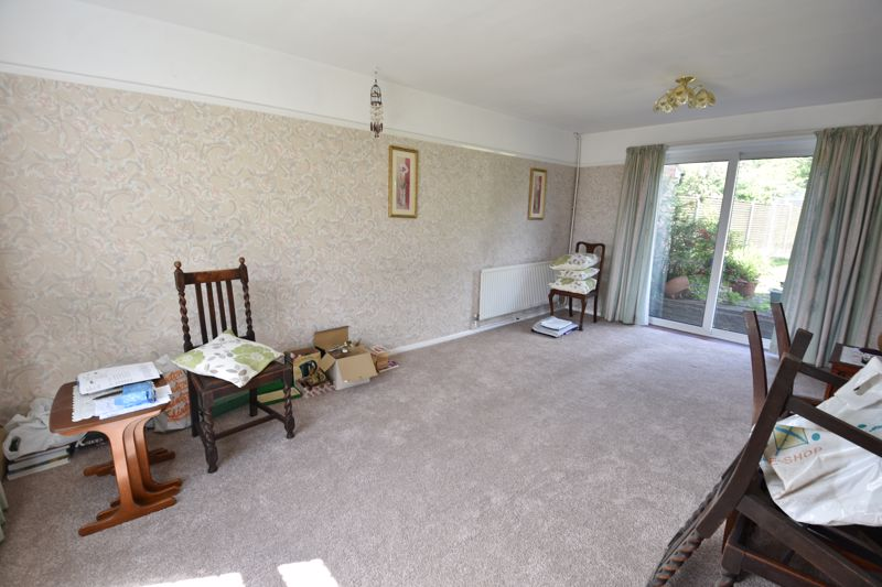 3 bedroom  to buy in Bluebellwood Close, Luton - Photo 1