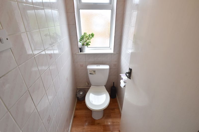 3 bedroom Semi-Detached  to buy in Marlin Road, Luton - Photo 6