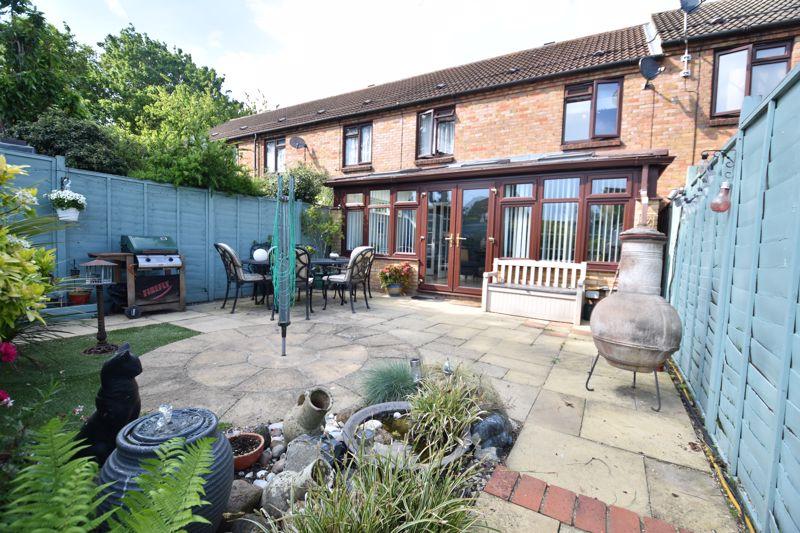 3 bedroom Mid Terrace to buy in Links Way, Luton