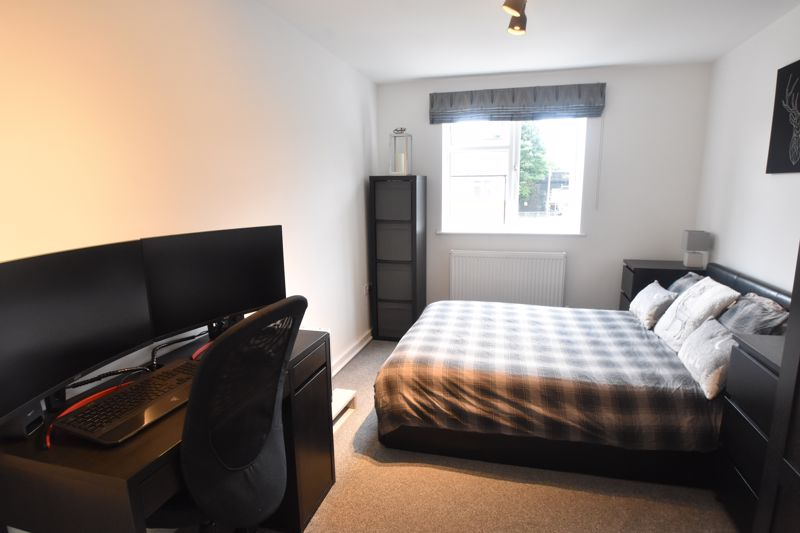 1 bedroom Flat to buy in 5 Empress Road, Luton - Photo 1