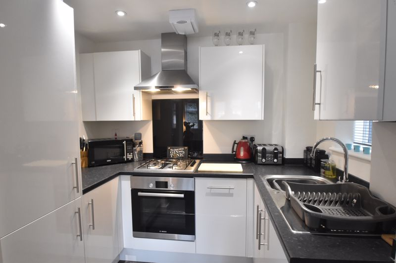 1 bedroom Flat to buy in 5 Empress Road, Luton - Photo 3