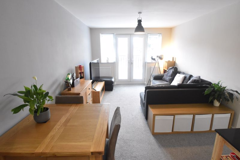 1 bedroom Flat to buy in 5 Empress Road, Luton - Photo 4