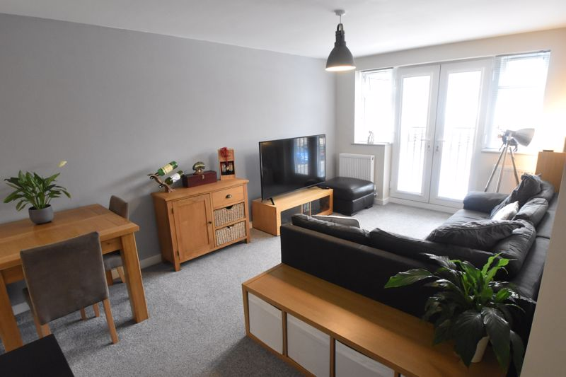 1 bedroom Flat to buy in 5 Empress Road, Luton - Photo 5