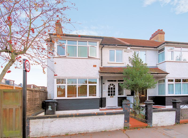 3 Bedrooms Property for sale in Elmgrove Road, Addiscombe
