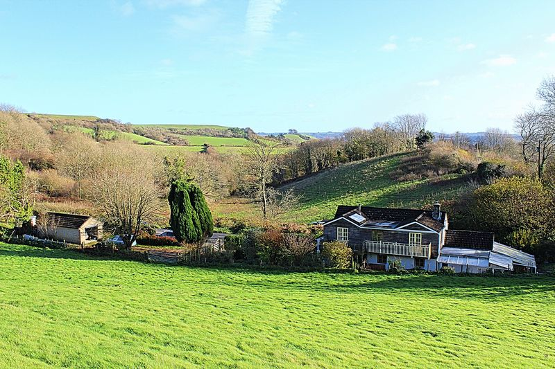 6 Bedrooms Property for sale in Lewesdon Hill, Beaminster