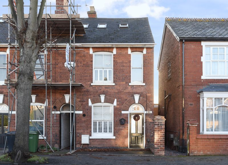 3 Bedrooms Property for sale in South Road, Stourbridge