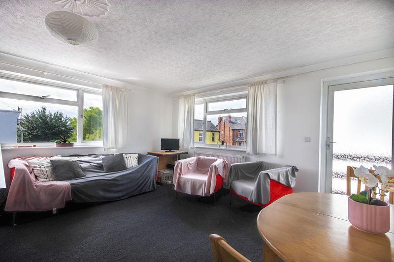 178 - Living Area