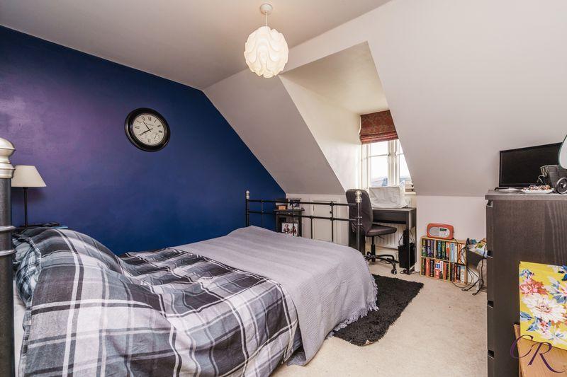 Master Bedroom thumbnail image