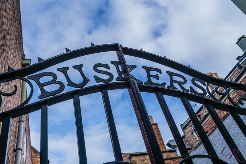 Buskers Gate