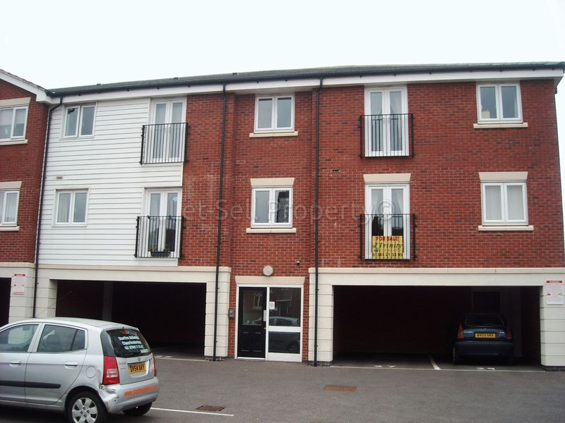 Property in Dudley from Douglas Smartmove