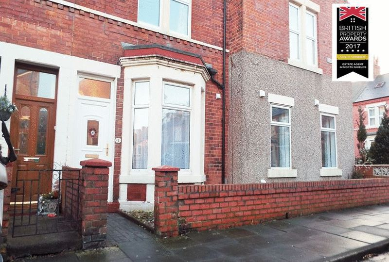 3 Bedrooms Property for sale in Bamborough Terrace, North Shields