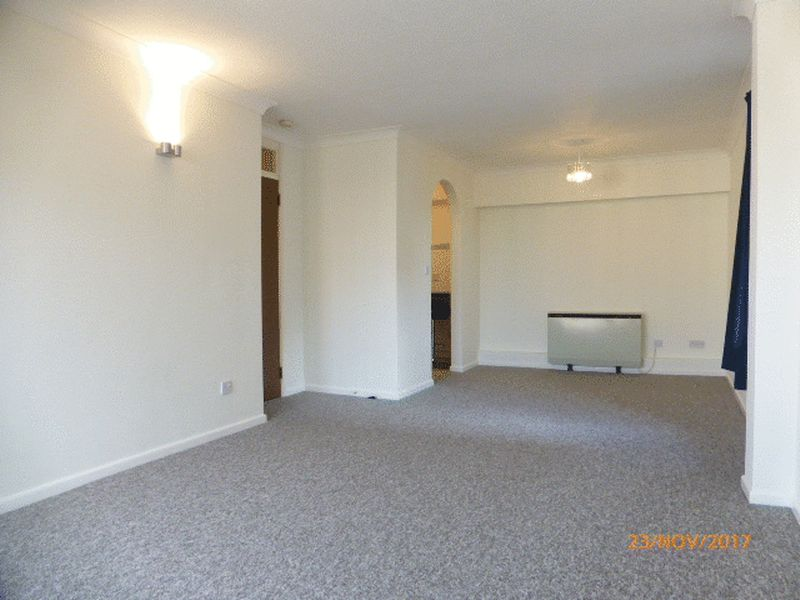 Photo of Apartment 11 Western Road