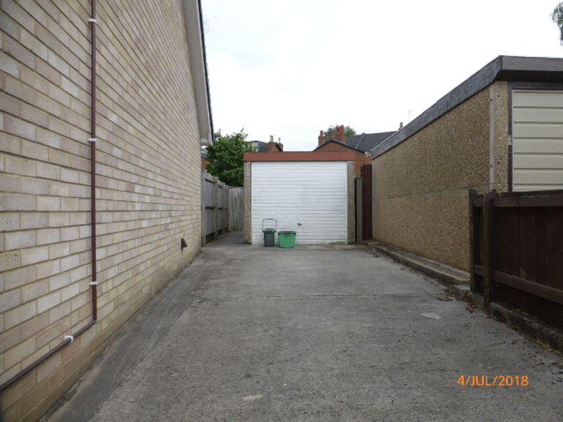 Photo of No.15 Treelands Close