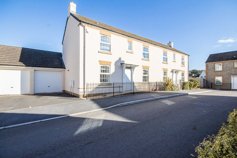 Lower Trindle Close, Newton Abbot