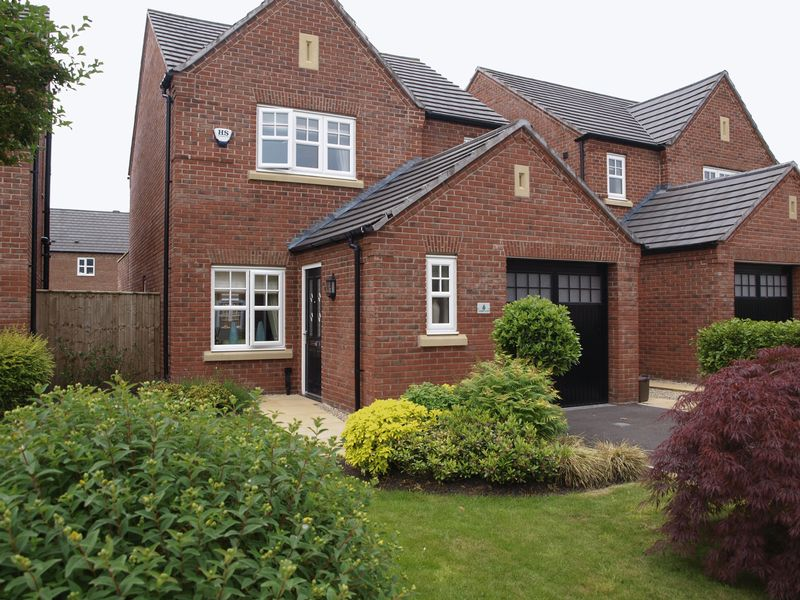 Starkey Close, Winnington Village, CW8 4SF