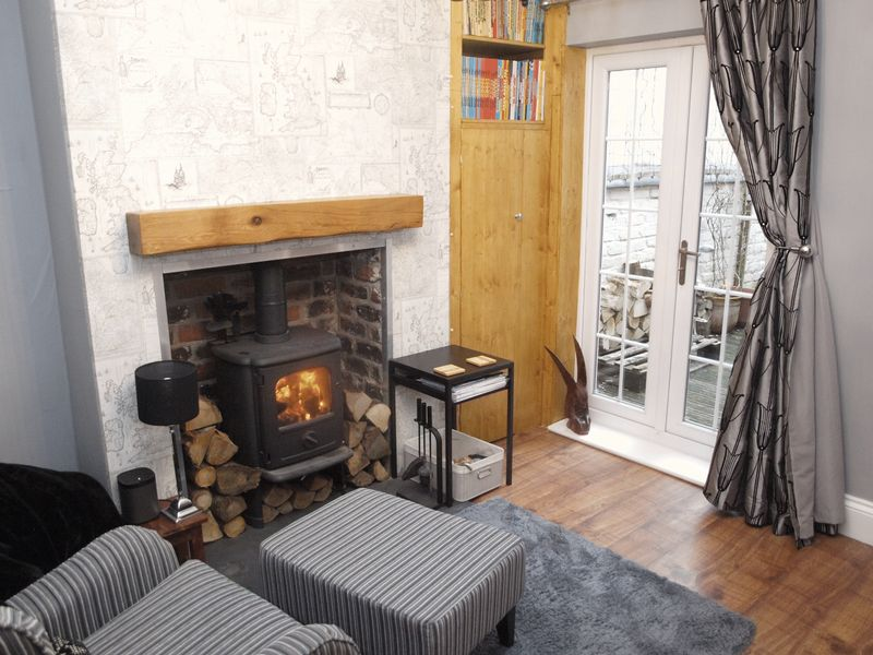 Dining Room/Log Burner