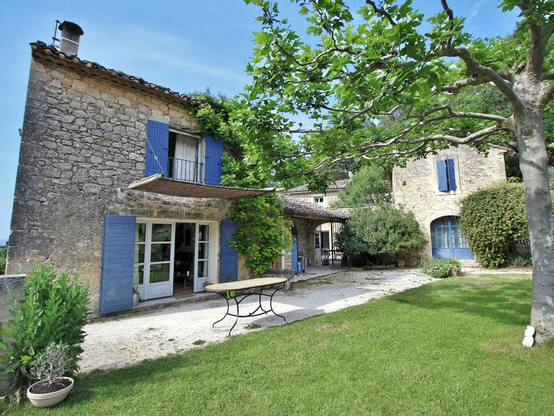 Authentic Provencal farmhouse surrounded by vines