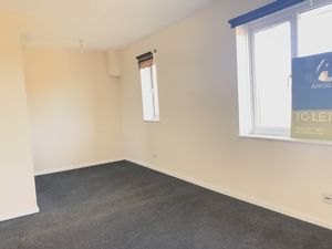 Western Road, Deal  £495 - Photo 3