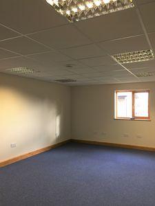 Office to let, Smeeth, Ashford, Kent£5,800 - Photo 4