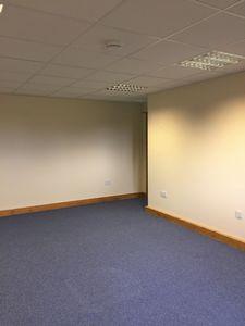 Office to let, Smeeth, Ashford, Kent£5,800 - Photo 5