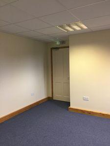 Office to let, Smeeth, Ashford, Kent£5,800 - Photo 6