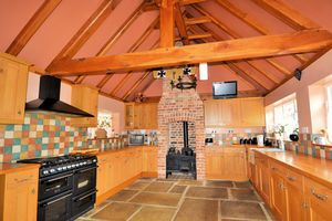 Cannon Street, Lydd£345,000 - Photo 4