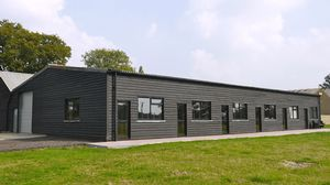 Bedlam Lane, Smarden, Ashford - newly converted office unit to let  £5,000 - Photo 3