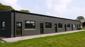 Bedlam Lane, Smarden, Ashford - newly converted office unit to let  £5,000 - Photo 2
