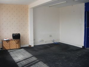 Industrial Units/Stores FOR SALE Dover  £195,000 - Photo 3