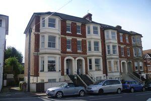 Grove Hill Road, Tunbridge Wells£725 - Photo 1