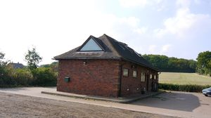 Detached Rural Office, Near Charing TO LET  £9,950 - Photo 3