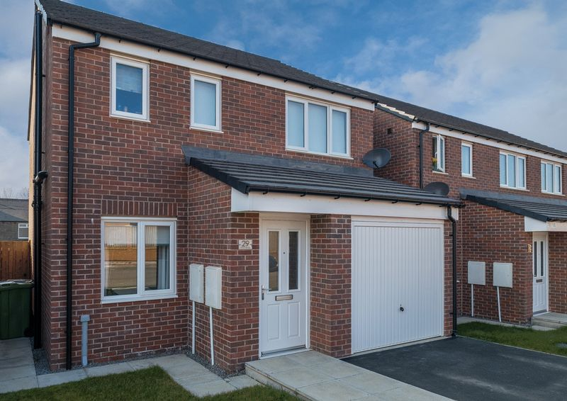 Whitethroat Close, Hetton-Le-Hole, Houghton-Le-Spring, DH5 0GB