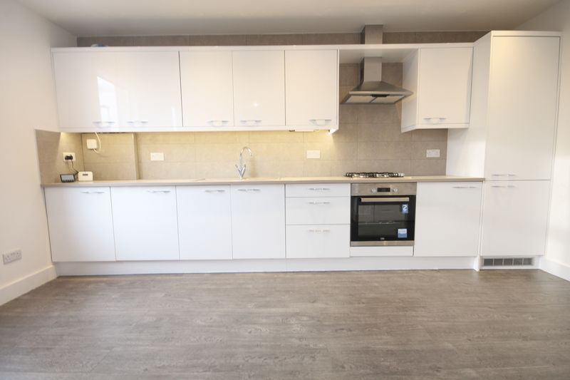 3 bedrooms Flat for sale in Croydon | Estate Agents in Wimbledon and Croydon.