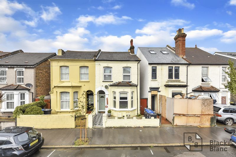 2 bedrooms Flat for sale in Croydon   Estate Agents in Wimbledon and Croydon.