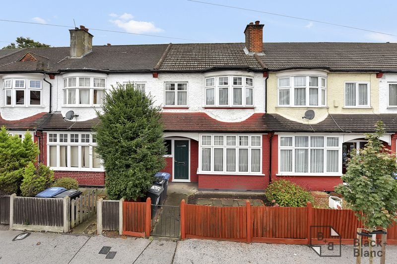 3 bedrooms House for sale in Thornton Heath | Estate Agents in Wimbledon and Croydon.