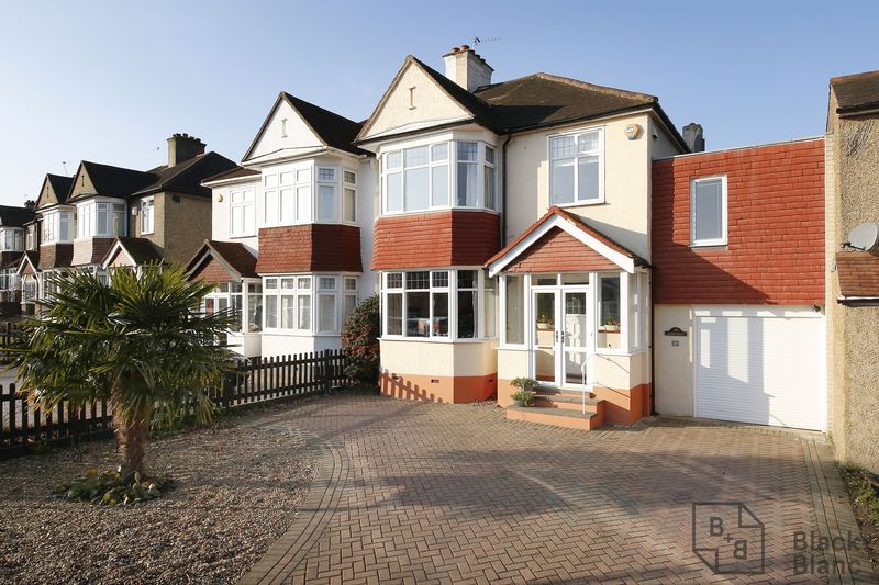 5 Bedrooms Property for sale in Barnfield Avenue, Croydon