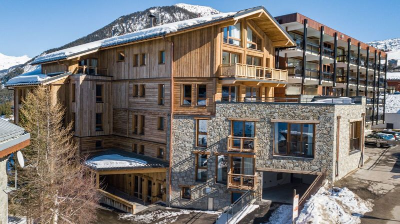 Les Ancolies - 4 Bed Chalet in Courchevel