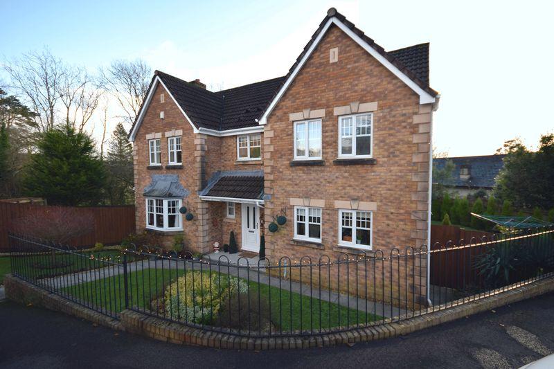 4 Bedrooms Property for sale in Ysbryd Y Coed, Bridgend
