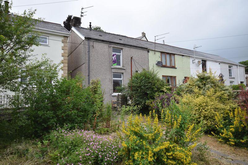 2 Bedrooms Property for sale in 2 Chapel Street, Brynmenyn, Bridgend